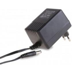 Hálózati adapter aljzat ~ 12 V / 1,65 A